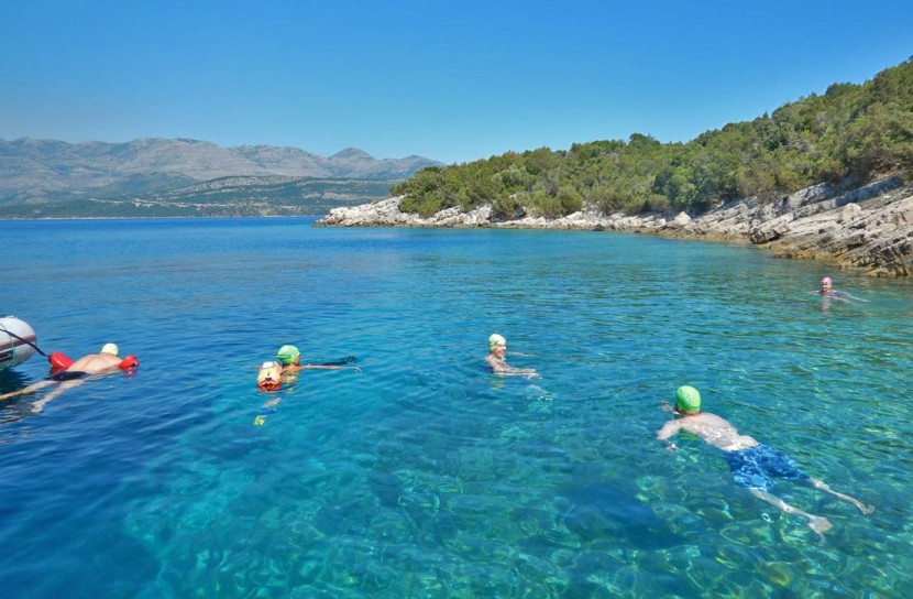 Wild-Swimming-in-Croatia