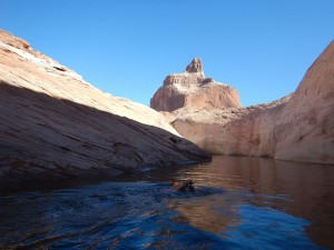 Strel_Swimming_Vacation_Lake_Powell-02