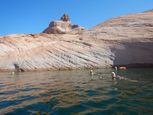 Strel_Swimming_Vacation_Lake_Powell-04