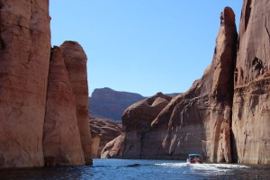 Strel_Swimming_Vacation_Lake_Powell-08